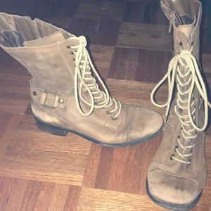 brown Arturo Chiang lace up boots